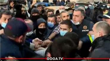 ბათუმში პოლიციამ ირაკლი ჩხვირკვია დააკავა